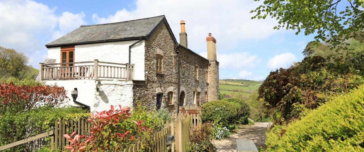 4 Castle Cottage