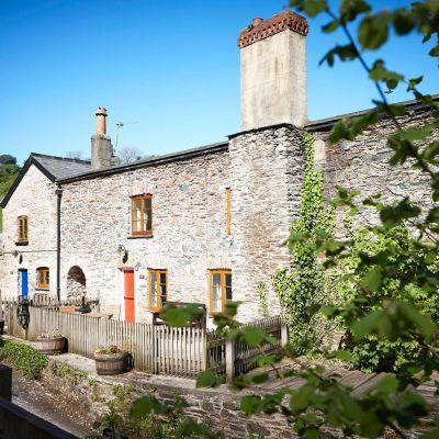 3 Castle Cottage