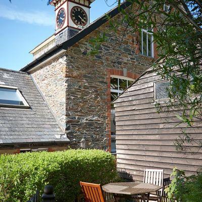 1 Castle Cottage